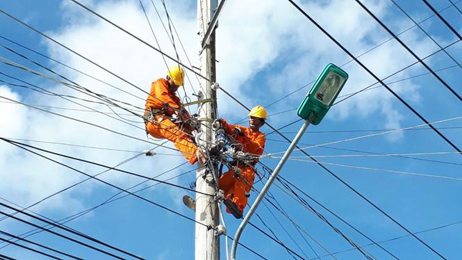 Công ty Thông tấn cùng các Doanh nghiệp lo ứng phó giá điện tăng